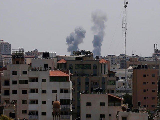 غزہ کی سرحد پر اسرائیلی فائرنگ کے نتیجے میں 2 فلسطینی مظاہرین شہید ہوگئے (فوٹو: فائل)
