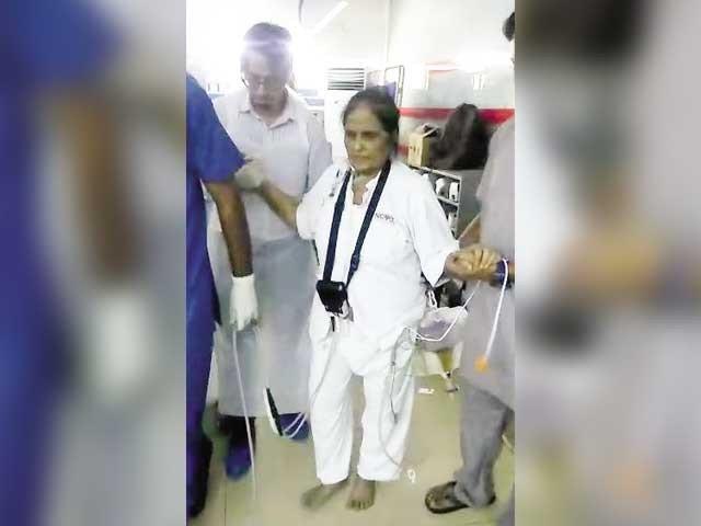 مصنوعی دل اسپتال انتظامیہ نے امریکی فرم سے منگوایاجو مریضہ کو بلا معاوضہ لگایا گیا فوٹو : ایکسپریس
