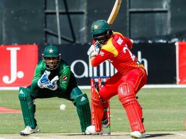 ون ڈے سیریز میں پاکستان کو زمبابوے کے خلاف 2 صفر کی برتری حاصل ہے فوٹو: فائل
