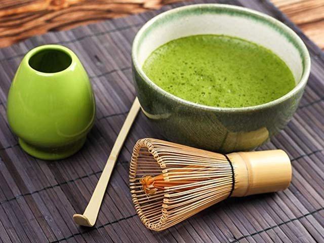 میچا سبز چائے چھاتی کے سرطانی خلیات کو تباہ کرسکتی ہے۔ فوٹو: فائل